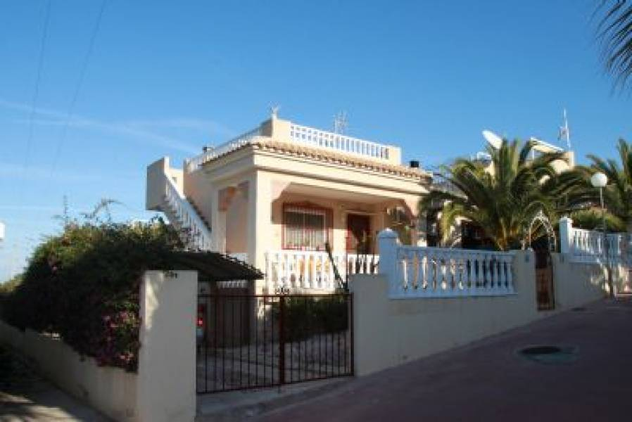 Sale Bungalow Algorfa   with 2 Bedrooms