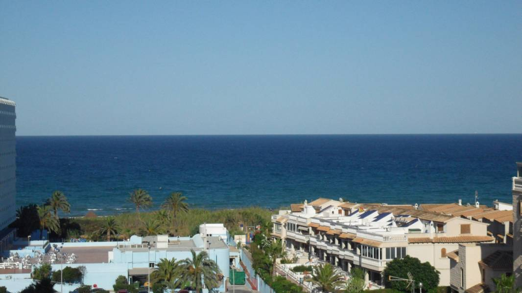 Sale Apartment Guardamar del Segura  with 2 Bedrooms