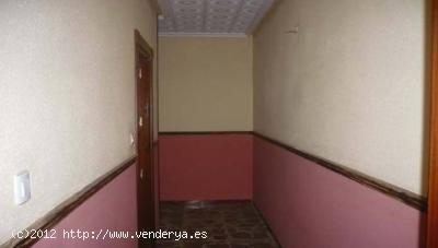 Jaén Apartment for Sale    with 4 Bedrooms