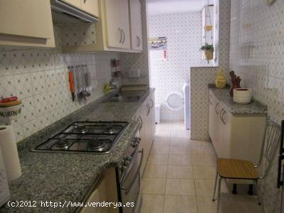 Rent Apartment Valencia   with 3 Bedrooms