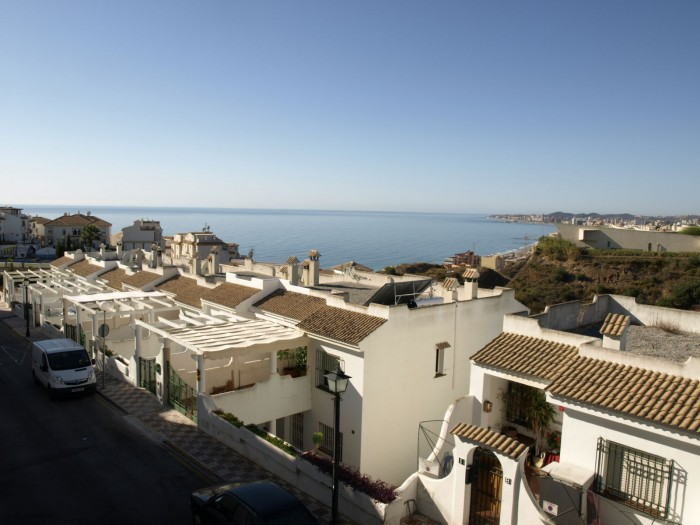 Sale Apartment Fuengirola   with 2 Bedrooms