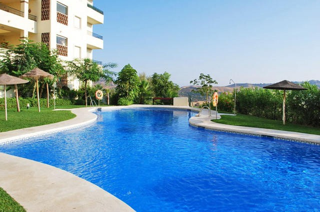 Rent Apartment Mijas with Pool  and  3 Bedrooms