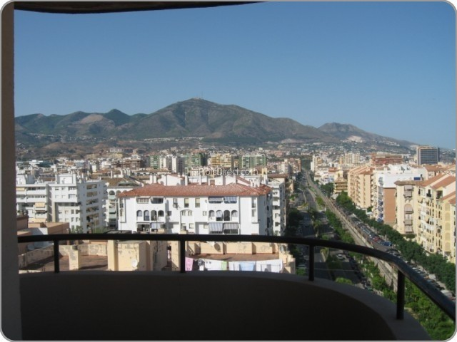 Sale Apartment Fuengirola  with 3 Bedrooms
