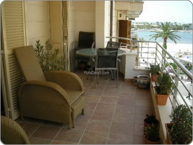 Islas Baleares Apartment for Sale   with 3 Bedrooms