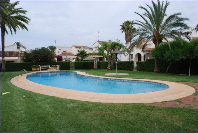 Sale Townhouse Dénia with Pool  and  2 Bedrooms