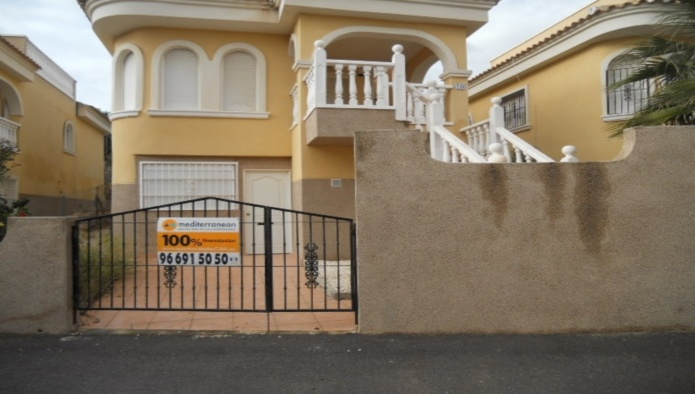 Sale Bungalow San Fulgencio  with 2 Bedrooms
